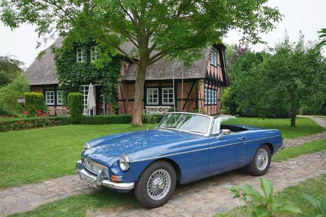 am052010_7023_mgb_roadster_00