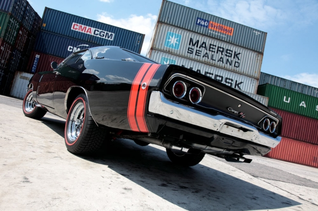 am052011_6839_dodge_charger_0