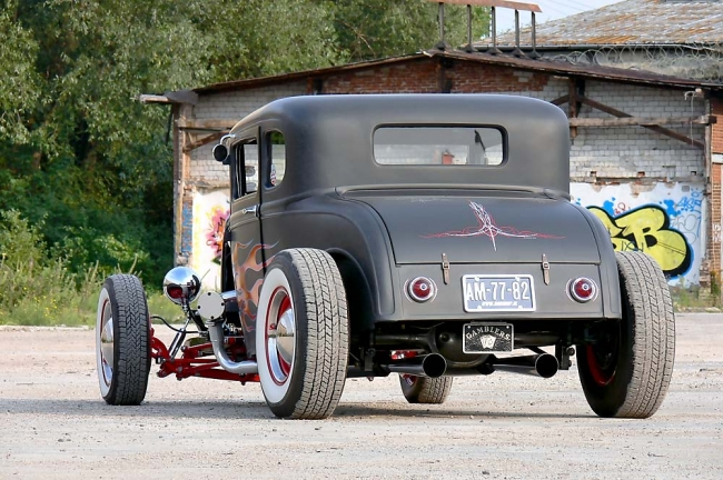 am132011_7030_30er_ford_a_coupe_07