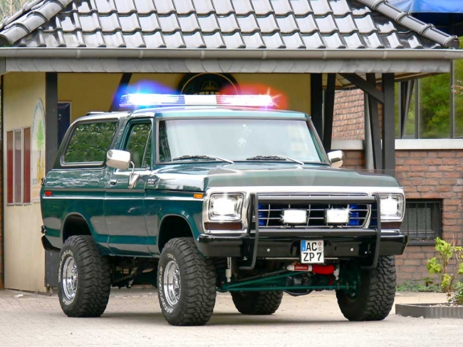 78er Ford Bronco 6,2 – V8 – Power Ranger