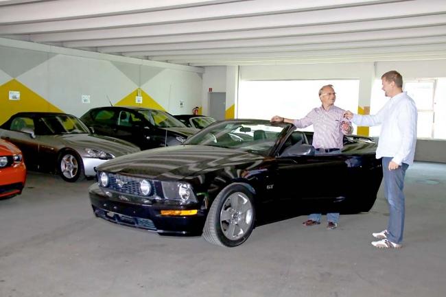 am042012_7069_euro_us_cars_05
