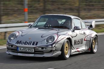 Porsche 993 Carrera 4S 3.8 RSR – Testosteron auf 4 Rädern