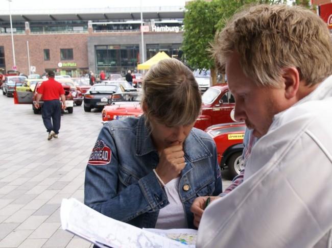 Alexandra Lier und Jens Tanz beim Briefing
