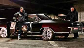 Geschichten aus dem Muscle Car Alltag – Muscle Car Duell