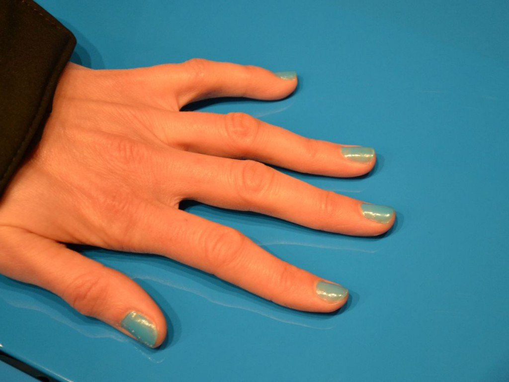 Nägel in Grabber Blue