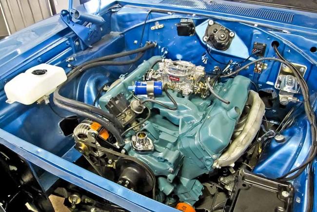 Chrysler 440er in natürlicher Umgebung - und korrekter Farbe!