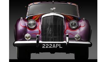 Farbenfrohe Erinnerung: Der Beatles-Bentley