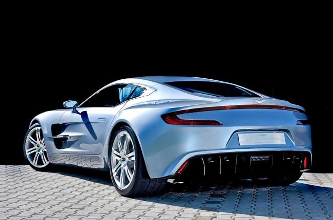 Unverwechselbar Aston Martin, unverwechselbar Supercar: Der One-77 ist breit, stark, teuer und unvergesslich. Man darf gespannt sein, ob man jemals einen auf der Straße sieht