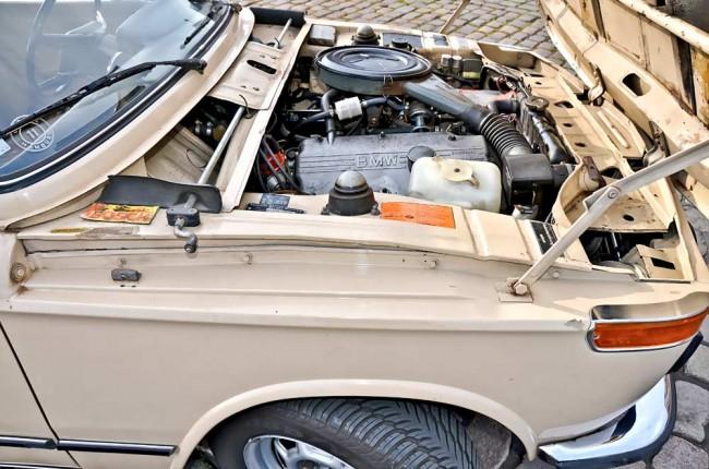 Üüüüüiiiiii – die BMW-Vierzylinder sind gutmütige Gesellen. Leistungsmäßig auf mehrere hundert PS aufgeblasen kamen sie auch im Formel-Rennsport zum Einsatz