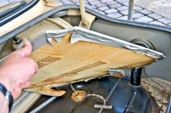 ...mit seinen folienbespannten Sperrholzplatten einmal mit dem, was ein aktueller Dreier-BMW hier zu bieten hat