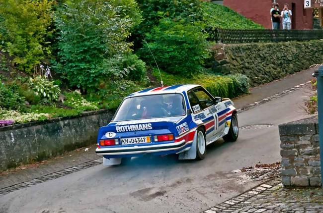 Auch ein Erlebnis: Jahrtausend-Rallyefahrer Walter Röhrl im Opel Ascona 400