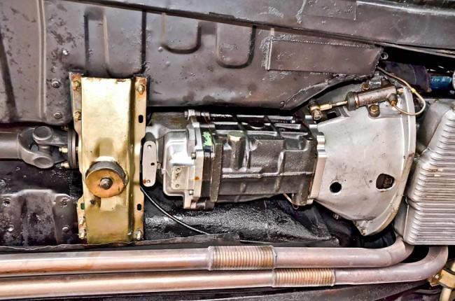 Bis auf Undichtigkeiten sind die Mark-II-Getriebe robust ausgeführt. Das gilt auch für die Automatik-Schaltboxen, an die sich allerdings für Überholungen nur wenige Spezialisten herantrauen. Anfälliger sind die elektrischen Schaltelemente der Overdrives