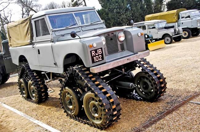 am0813_land_rover_defender_38