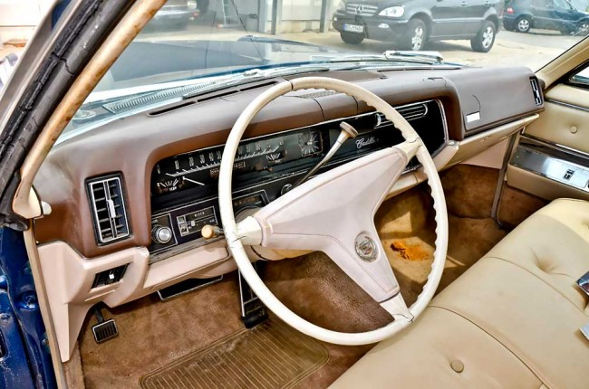 am0913_cadillac_fleetwood_607