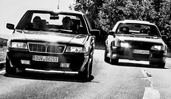 Lotus Omega und Lancia Thema 8.32