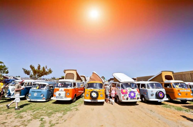 am0913_vw_california_01