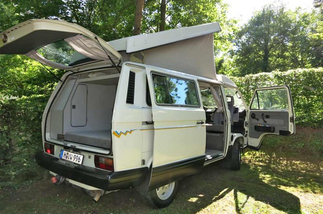 am0913_vw_california_08