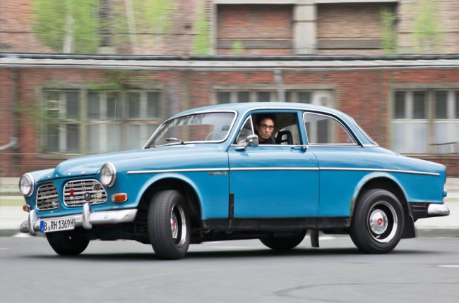 am1113_volvo_amazon_01