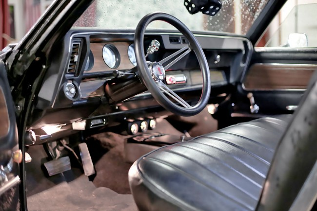 09-Oldsmobile-Interieur-01