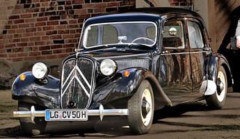 Citroën 11 CV 1953 – Gangsters Paradise