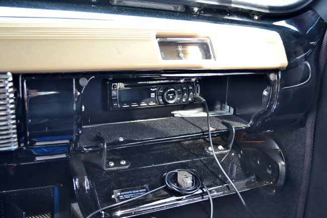 tw0315-ford-interieur_04