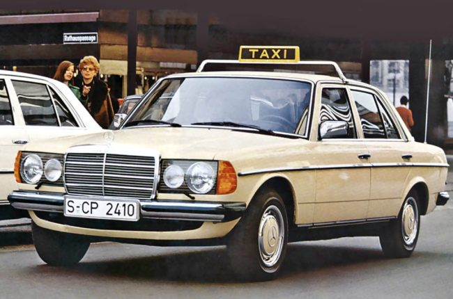 tw0915-MB-W123_Taxi