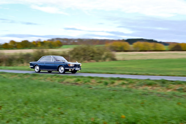 bmw-2000-driveby-07