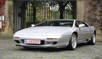 Brit Power – Lotus Esprit S4