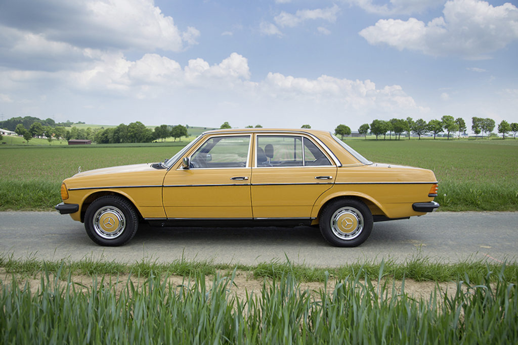 Marktplatz: 1981 Mercedes-Benz 200 W123