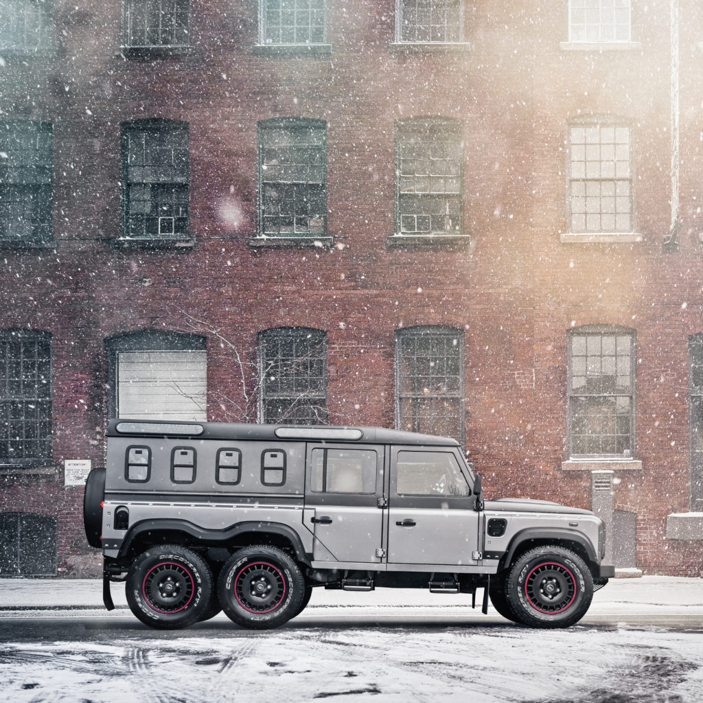 Der Flying Huntsman 6x6 Civilian Carrier von Kahn Design aus London sprengt jeden Rahmen