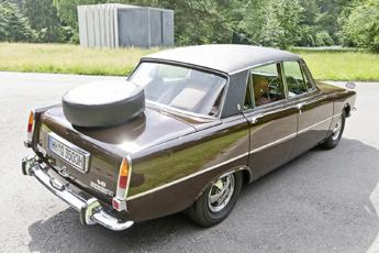 Rover P6 1972 – Einfach drüber stehen